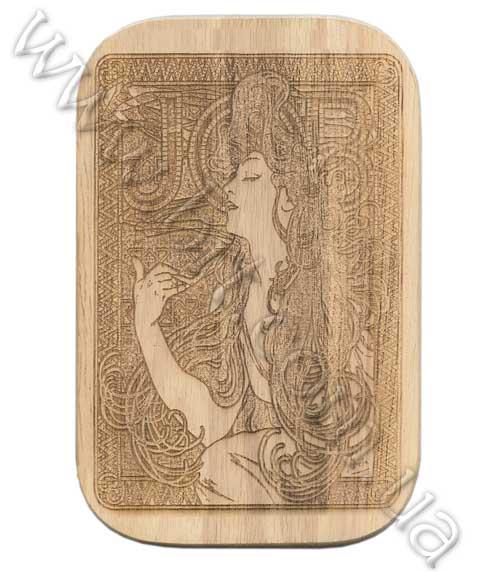 Деревянная разделочная доска - лазерная гравировка изображения.