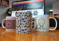 чашки от логотипом контора рекламных технологий