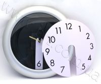clock_small_vz